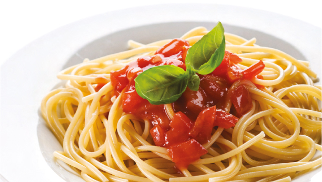 Spaghetti with Tomatoes and Basil – Italy